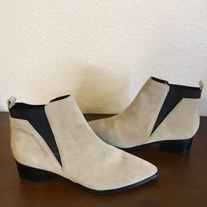 Marc Fisher IGNITE ankle booties 10 leather EUC